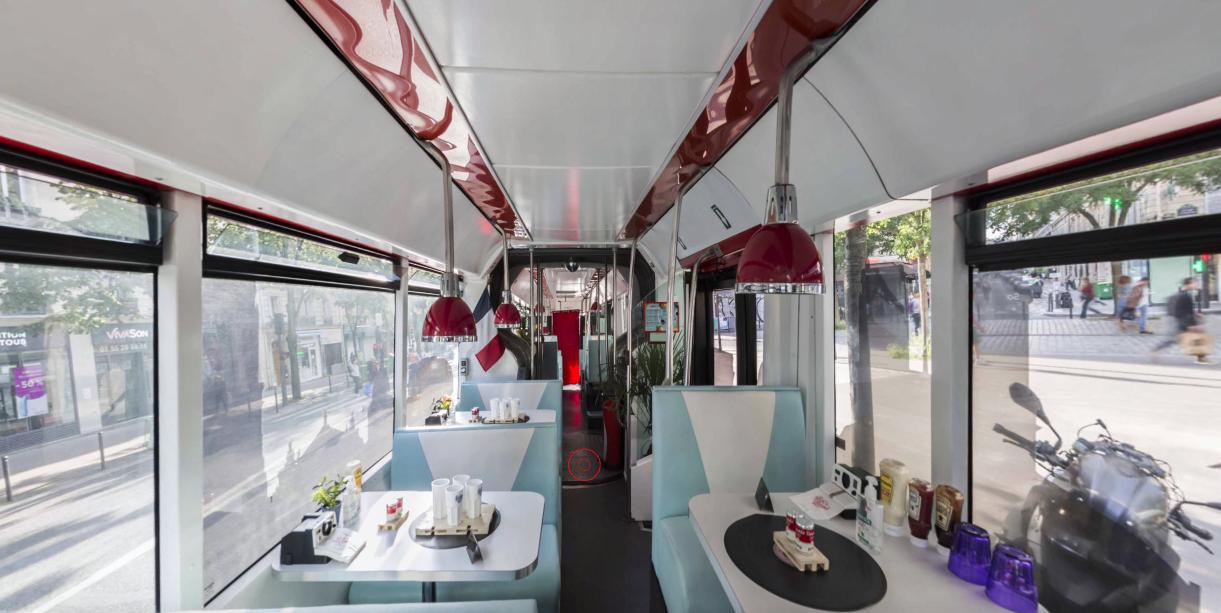 Visite virtuelle du bus burger Paris